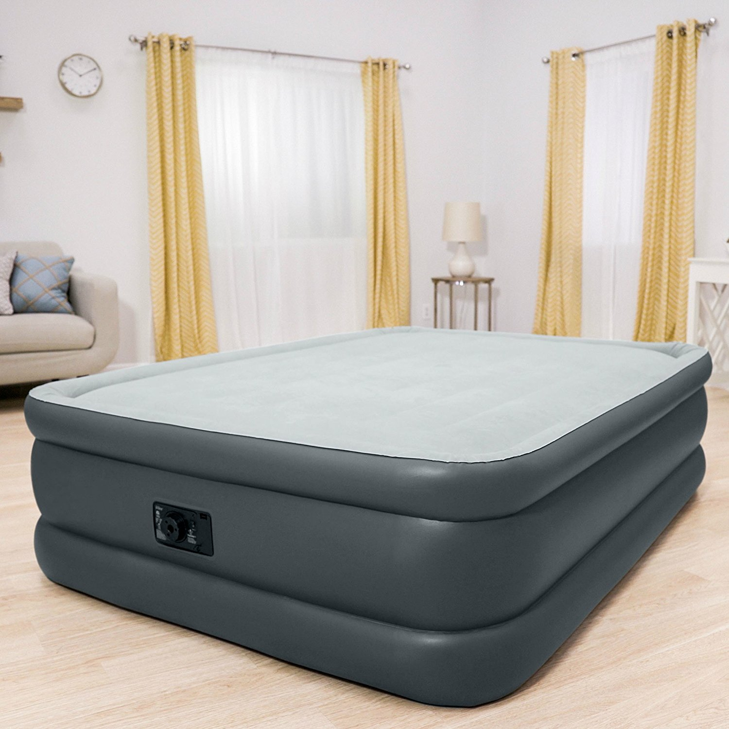 Intex Queen 22 DuraBeam High Rise Air Mattress